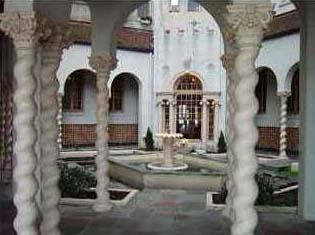 Santander Courtyard