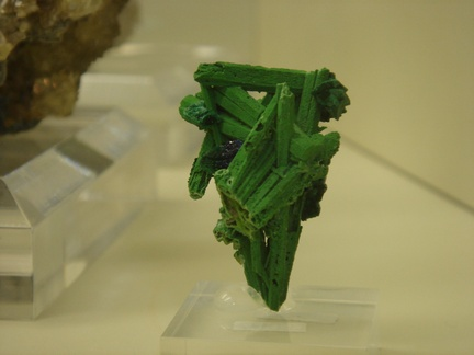 Bayldonite pseudomorph after Smithsonite